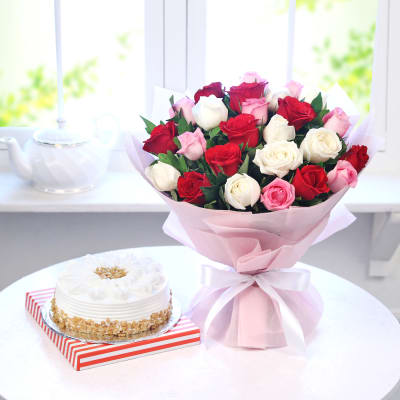 flowers and cake as gift pack