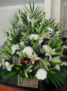white flowers basket