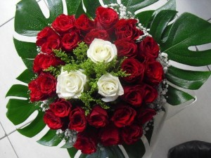 Receive more happiness by sending flowers
