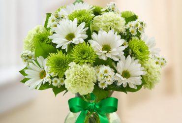 customized flower arrangement in Dubai