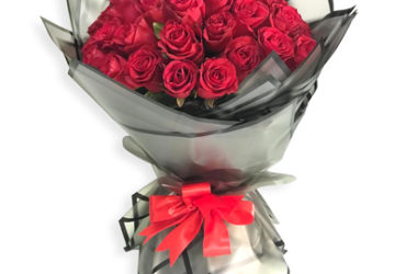 50 red roses bouquet online